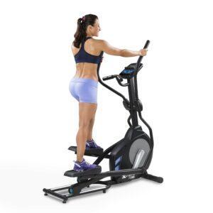 XTERRA FS3.5 Elliptical Review HIIT with elliptical - woman